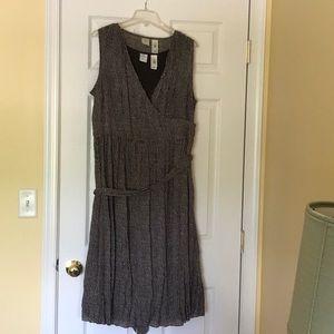 Brown sleeveless dress, 16 w